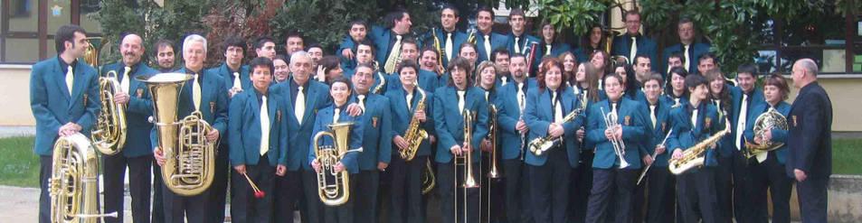 La banda de música Doinua.