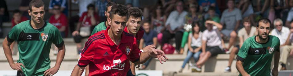 Berenguer lanza un penalti contra el Beti Onak