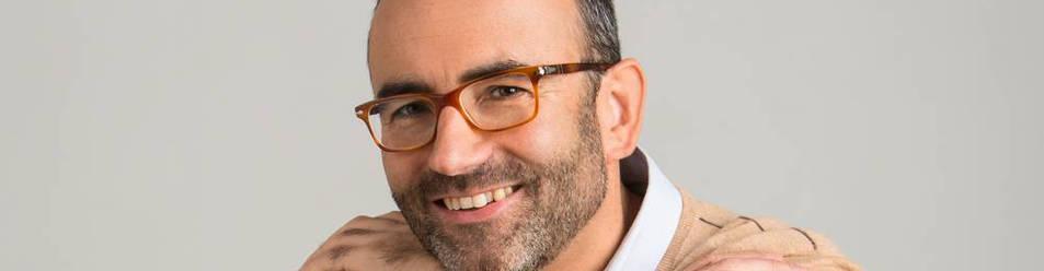 El psicólogo barcelonés Rafael Santandreu, de 46 años, ha publicado tres libros que se han traducido a quince idiomas.