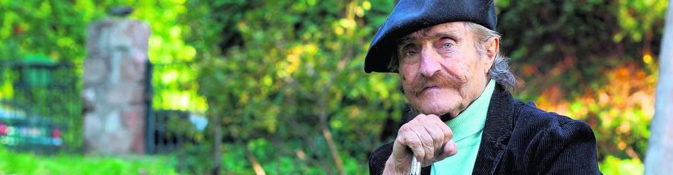 El reportero y deportista Miguel de la Quadra-Salcedo ha fallecido a las 6.00 horas de este viernes en su domicilio de Madrid, a los 84 años .