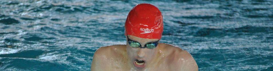 El nadador pamplonés Iván Salguero en pleno esfuerzo durante una competición de braza en el Campeonato de España por autonomías en Sabadell.