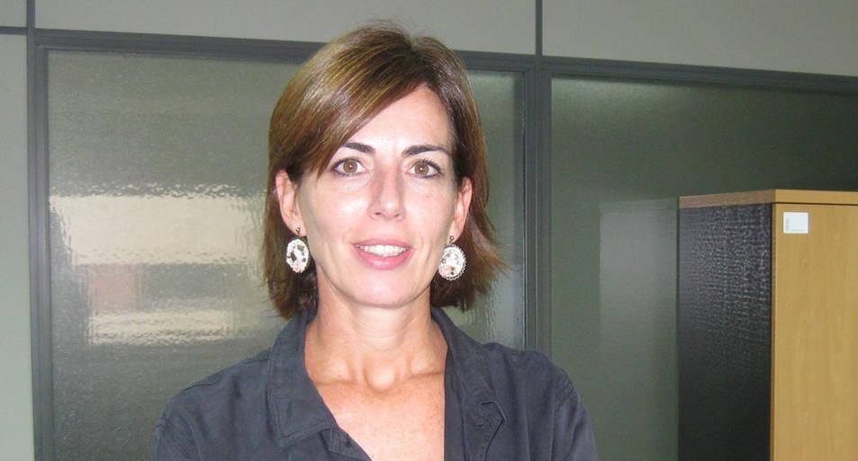 Sara Turumbay, presidenta de AEDIPE Navarra y directora de Recursos Humanos de CEMITEC
