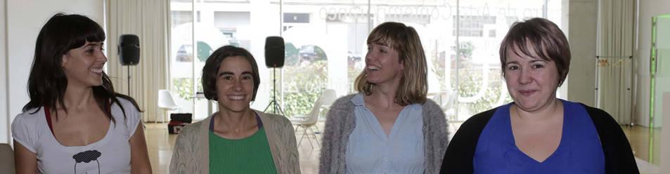 De izquierda a derecha Betisa San Millán, Nerea de Diego, Elisa Arteta y Oskia Ugarte, esta semana, en el Centro Huarte de Arte Contemporáneo.