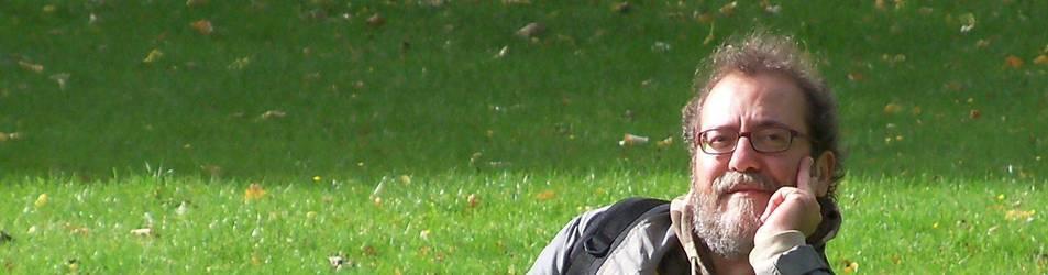 Chesús Yuste presenta su novela, la tercera, esta tarde en Auzolan.