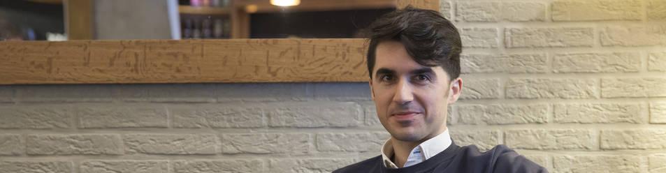 Foto de José Luis Díez Garde durante la entrevista.