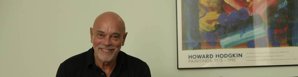 El psiquiatra y psicoterapeuta Roberto de Inocencio, de 73 años, impartió una charla en Pamplona.