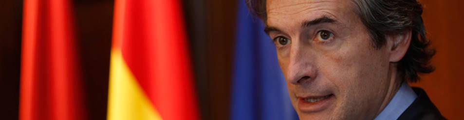 Imagen del ministro de Fomento, Íñigo de la Serna, durante su intervención el martes en Pamplona, en el acto que tuvo lugar en la Delegación sobre la unión del TAV con la Y vasca.