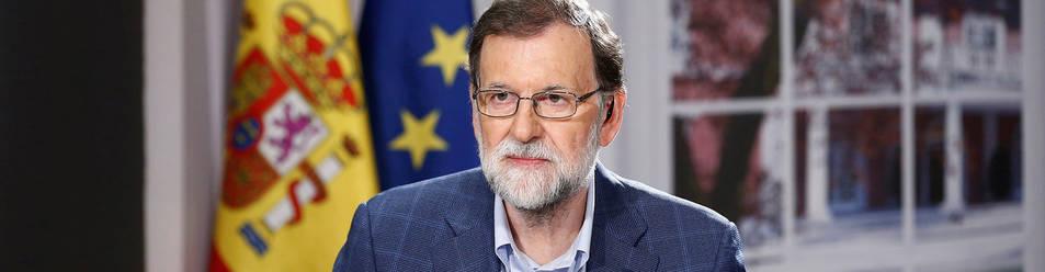 Fotografía facilitada por la Presidencia del Gobierno del presidente del Gobierno, Mariano Rajoy, durante la entrevista que ha realizado en la cadena COPE.