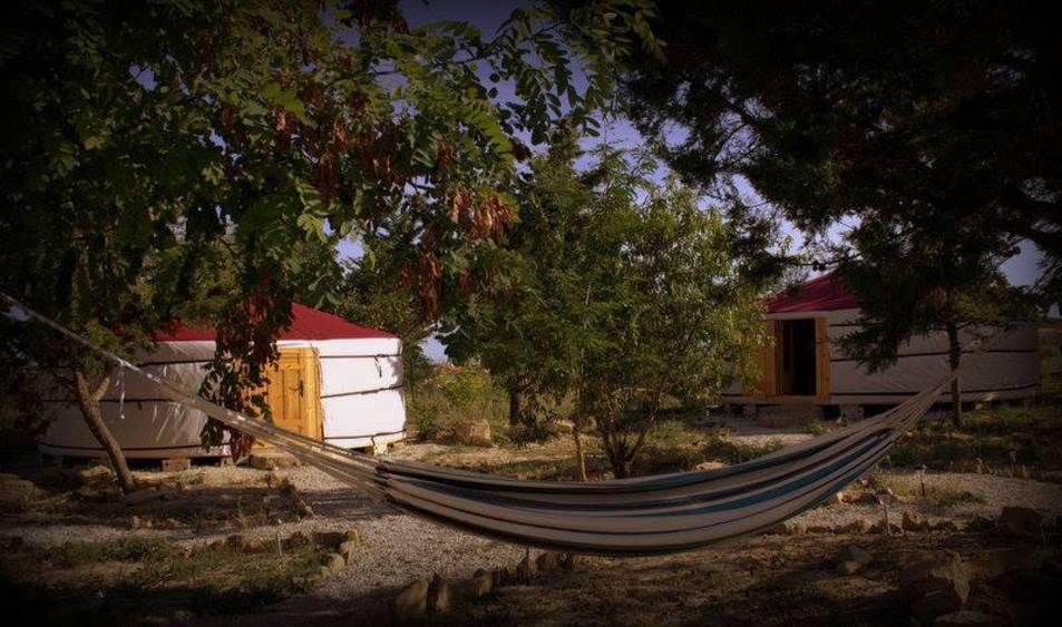 Yurtas en Tafalla.