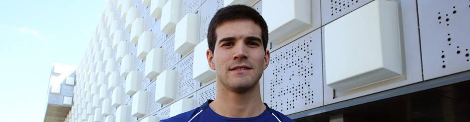 José Javier Zabaleta, a comienzos de la semana pasada en el exterior del Navarra Arena, donde se jugará la final del Másters.