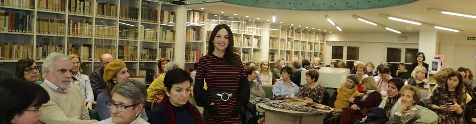 Maribel Medina en el Club de Lectura de Diario de Navarra