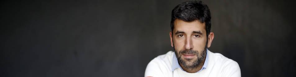 Borja Monreal Gaínza pasó esta semana por Pamplona y el jueves estará en la librería Katakrak  presentando su ensayo 'Ser pobre'.