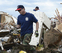 Moore peina los escombros en busca de supervivientes del tornado
