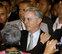 Santos pierde la mayoría absoluta en el Senado y Uribe lidera la oposición