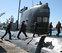 Ucrania se resiste a sacar tropas de Crimea, forzadas a rendirse