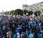 Independentistas bloquean el paso y acosan a invitados al acto del Rey en Barcelona
