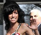 Amy Winehouse despilfarraba su fortuna