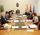 El Parlamento estudiará la comparecencia de Ollo sobre el homenaje a víctimas