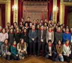 José Iribas y Enrique Maya reciben a estudiantes extranjeros de la UN