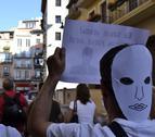 Marcha en el centro de Pamplona contra los recortes en Educación