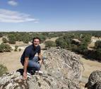 El exfutbolista César Palacios muestra los rincones de Soria