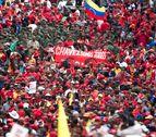 Miles de personas se concentran en Caracas para apoyar a Chávez