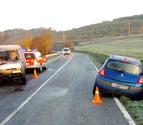 Un herido grave y otro leve en una colisión en Olza