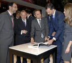 Los Príncipes de Asturias visitan el stand de Navarra en FITUR