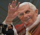 Benedicto XVI pide retirar su firma del polémico libro que defiende el celibato