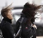 Fuertes rachas de viento sur desde la tarde y en la próxima madrugada en Navarra