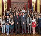 Iribas y Maya reciben a estudiantes extranjeros de la UN