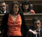 El PSOE echa en cara al Gobierno las críticas de Aznar y los barones