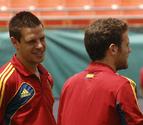 Tres navarros titulares con España