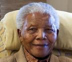 Nelson Mandela afronta su tercer día hospitalizado en estado crítico