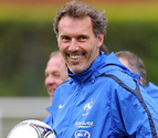 Laurent Blanc será el entrenador del PSG en sustitución de Ancelotti
