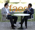 Rajoy le dice a Aznar que no es hora de hacer balances