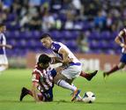 El Atlético aguanta el tirón del Barcelona
