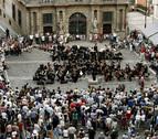 La Orquesta Sinfónica de Navarra se suma a las protestas en la calle