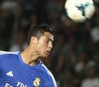 Polémico triunfo del Real Madrid en el Martínez Valero