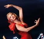 Vicky Martín Berrocal viste a Uma Thurman de flamenca