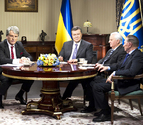 Yanukóvich reanuda el diálogo con la UE pese al desplante de la oposición