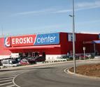Eroski reduce sus pérdidas un 78% hasta los 61 millones tras los saneamientos