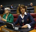 Barcina reta a Jiménez a presentar ya la moción pero éste esperará a la comisión