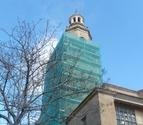 La torre de la iglesia de Dicastillo, protegida para evitar desprendimientos