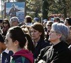 Casi 10.000 personas peregrinan a Javier, 2.000 más que en 2013