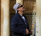 Benicio del Toro se pasea por la Alhambra