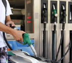 La gasolina subió un 2% en el último mes de la Semana Santa y el Puente