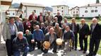 Pastores americanos que recuerdan su pasado en la fiesta tradicional del 1 de mayo en Sunbilla