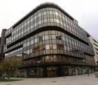 Edificio central de Caja Navarra, en la Avenida Carlos III de Pamplona