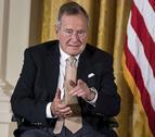 Otra mujer acusa al expresidente Bush padre de tocamientos inapropiados